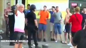 Adeptos espalham o caos em Marselha