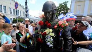 Inaugurado na Crimeia monumento aos militares russos
