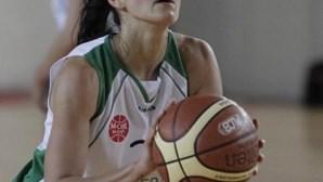 Ticha Penicheiro orgulhosa com distinção de estar entre as 25 melhores da WNBA