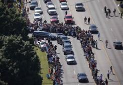 Cortejo fúnebre em Louisville, Kentucky, nos Estados Unidos