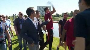 Cristiano Ronaldo tirou o microfone ao jornalista Diogo Torres