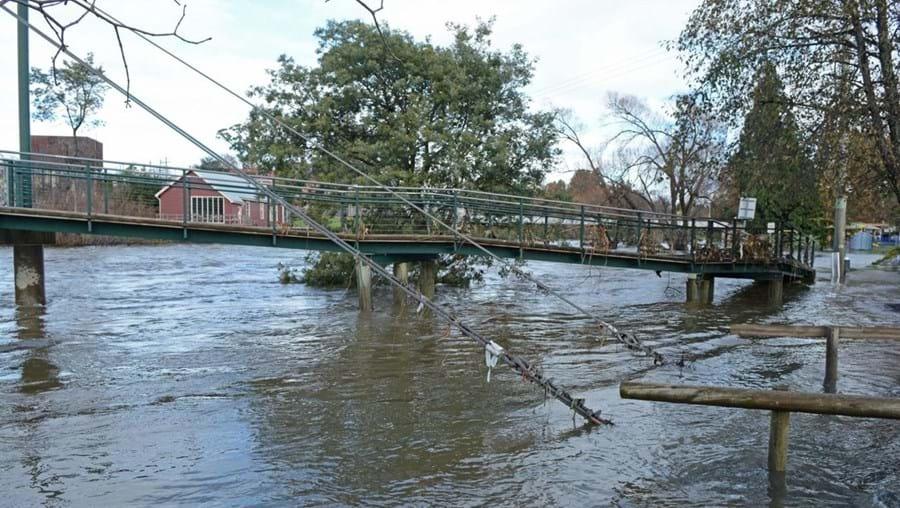 Território vive as piores inundações nos últimos 40 anos