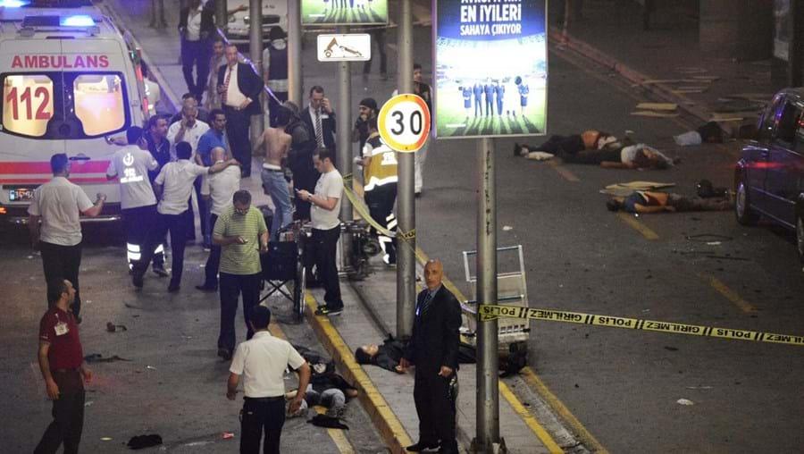 Atentado ocorreu na noite desta terça-feira no aeroporto Ataturk em Istambul, na Turquia