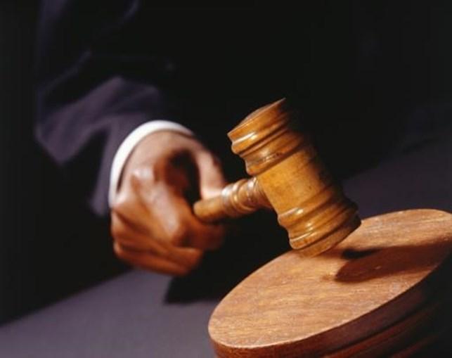 Entre outubro de 2007 e março de 2011 o arguido apoderou-se de mais de 216 mil euros