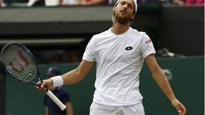 João Sousa eliminado na 3.ª ronda de Wimbledon
