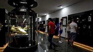 Ronaldo conhece novas instalações do Museu CR7