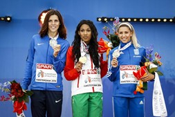 As três vencedoras da prova de triplo salto