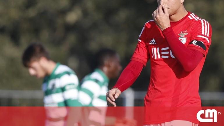 b3d8dee808 Fábio Cardoso é reforço do Vitória de Setúbal - Futebol - Correio da ...