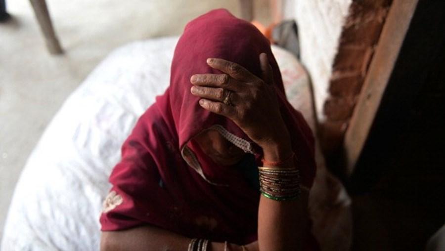 Cinco homens atacaram a jovem de 21 anos pela primeira vez em 2013