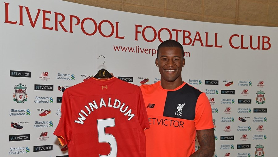 Wijnaldum, 25 anos, marcou 11 golos em 38 jogos no Newcastle na última época, na que foi a sua primeira época em Inglaterra
