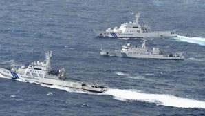 Japão contesta presença de barcos chineses