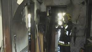 Apartamento de Massamá destruído pelo fogo