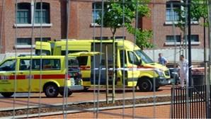 Homem que atacou polícias na Bélgica foi morto