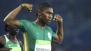 Caster Semenya conquista ouro nos 800 metros