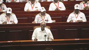 Congresso do MPLA encerra sem sucessor