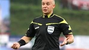Polaco Szymon Marciniak é o árbitro do Roma-FC Porto