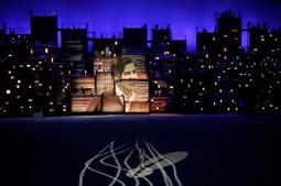 Modelo brasileira protagonizou homenagem a Tom Jobim