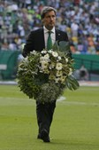 Bruno de Carvalho oferece coroa de flores à família do adepto