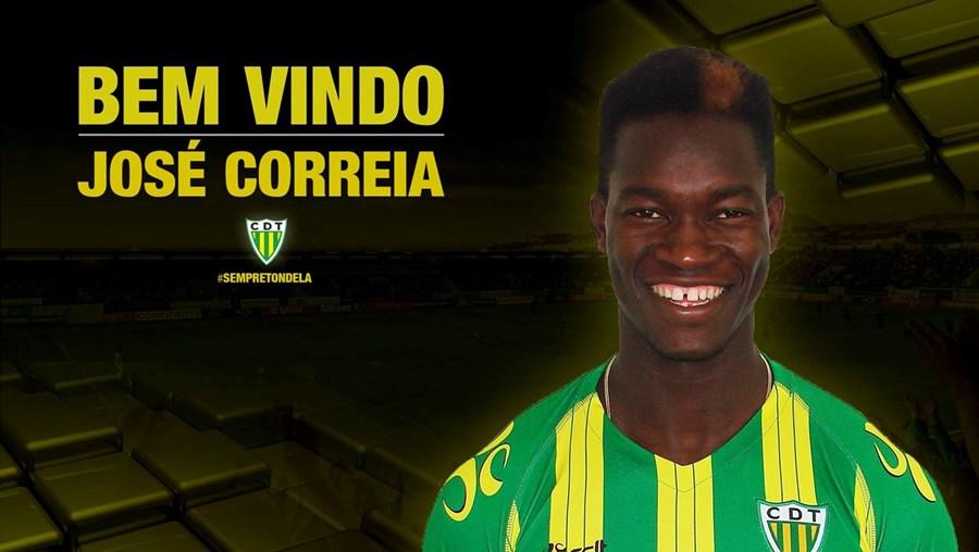 O avançado de 19 anos teve formação no Real Massamá e no Sporting antes de partir para Itália, ainda júnior, em 2014/2015