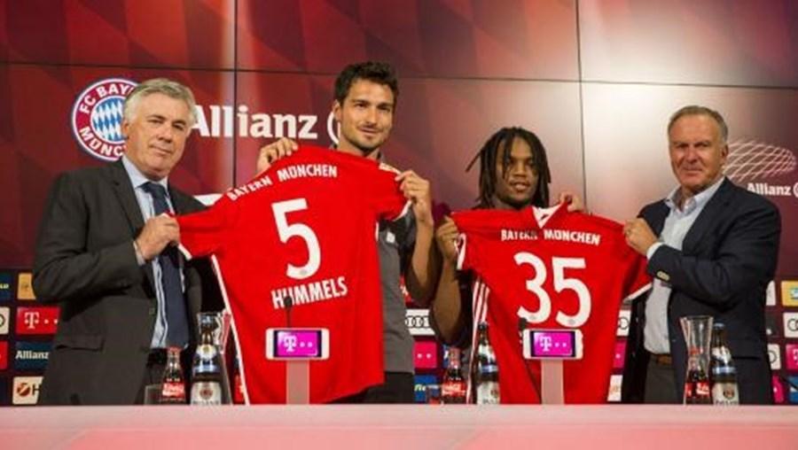 Renato Sanches, que se sagrou campeão com as cores do Benfica e ajudou Portugal a conquistar o Euro2016, tem vínculo com o Bayern até ao verão de 2021