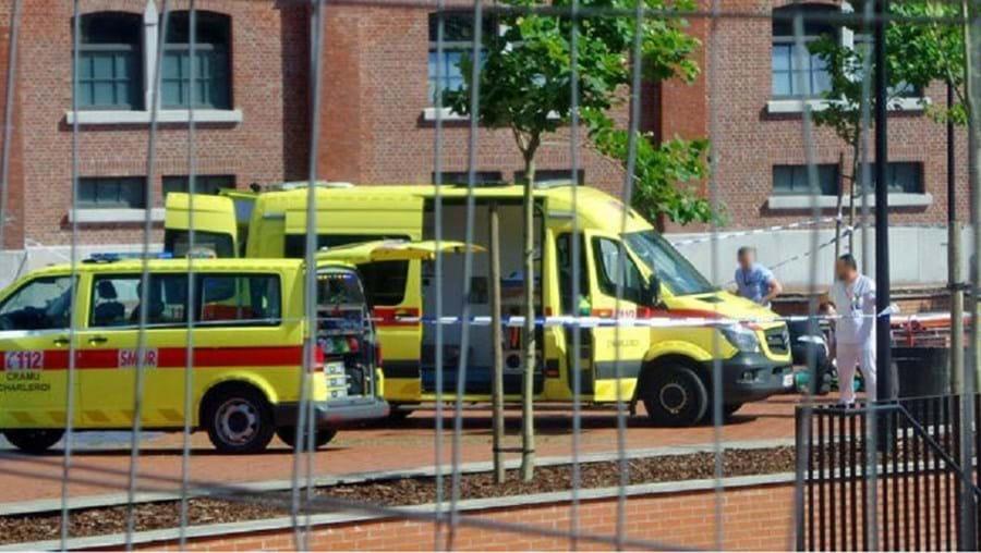 """A polícia de Charleroi confirmou que o atacante gritou palavras de ordem e """"Deus é grande"""" antes de ser imobilizado"""