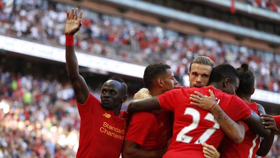 O Liverpool goleou, este sábado, o Barcelona, por 4-0, numa partida de caráter particular que decorreu no Estádio do Wembley, em Londres