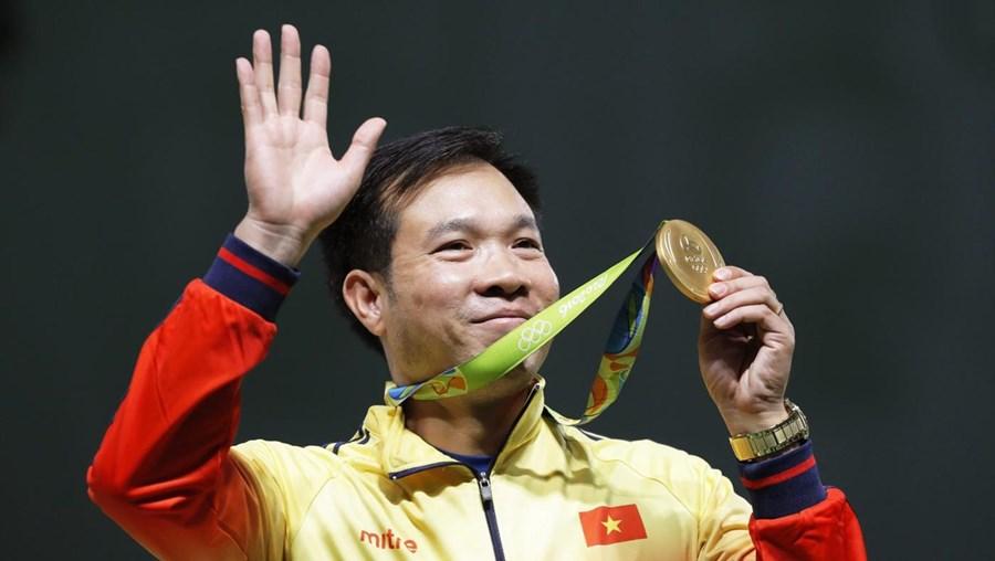 O novo campeão olímpico terminou a prova com 202,5 pontos, impondo-se ao brasileiro Felipe Almeida Wu, que totalizou 202,1 pontos e arrecadou a medalha de prata