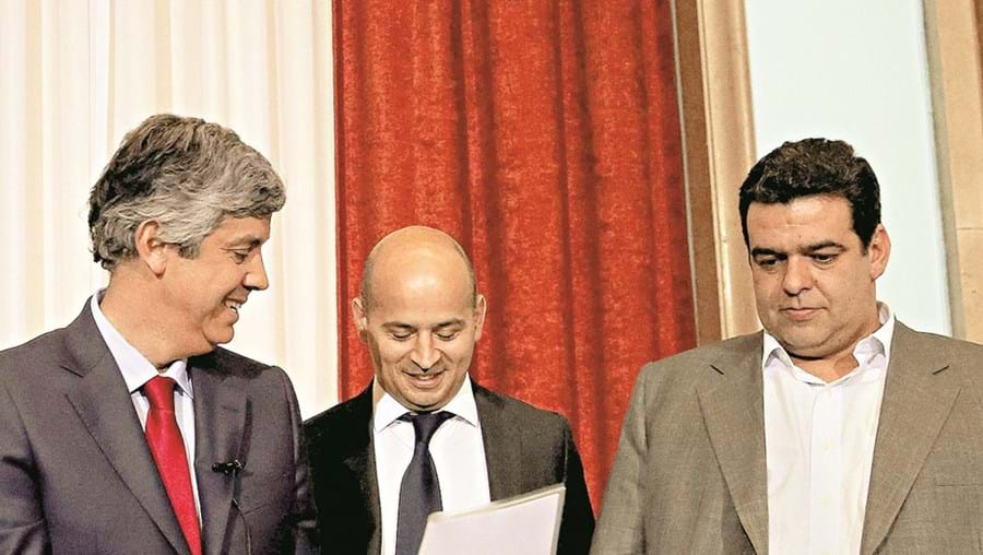 Equipa do Ministério das Finanças justificou atrasos com complexidade da reforma do IRS introduzida por Passos Coelho