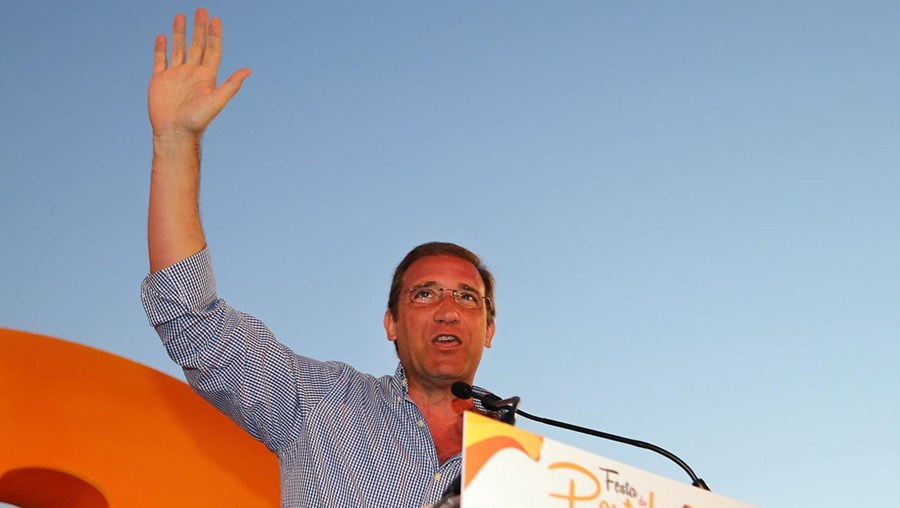 Passos Coelho fotografado na Festa do Pontal, que assinala a rentreé política do PSD