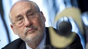 Economista Stiglitz defende uma taxa mínina de 25% para as multinacionais