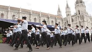 Congeladas duas mil promoções na Polícia
