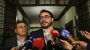 PCP anuncia resolução sobre saída do euro, renegociação da dívida e controlo da banca