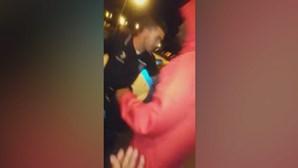 Agentes da PSP atacados por multidão