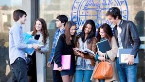 Parlamento debate fim das propinas e o alojamento dos estudantes