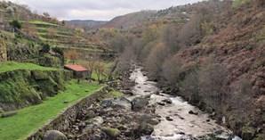 Vale do rio Cabrum, perto da ponte da Lagariça