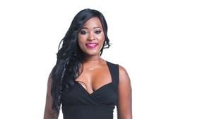 É conhecida por Tucha, mas chama-se Jucelina, tem 27 anos e nasceu em Angola. Veio para Lisboa há 8 anos, estuda Estética e sonha abrir o seu próprio negócio
