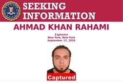 Ahmad foi filmado por câmaras de vigilância no local das explosões