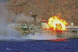 Navios afundados: velhas glórias da Marinha são agora santuários debaixo do mar