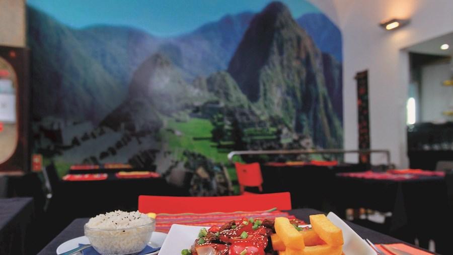 Os pratos do Qosqo convidam a uma viagem à mesa por um mundo  fascinante