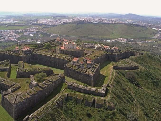 Elvas: as muralhas que travaram mouros, castelhanos e franceses