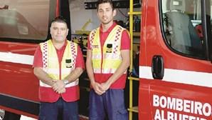 Bombeiros ajudam em parto