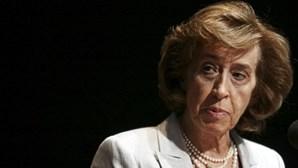 Manuela Ferreira Leite defende que Governo devia demitir Centeno