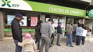 Número de casais com ambos os elementos no desemprego sobe 18,1% em março