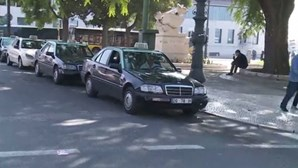 Multas altas para os ilegais do táxi