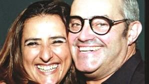 Amigos protegem namorada de João Ricardo