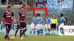 Nápoles vence, Inter agrava crise com mais uma derrota