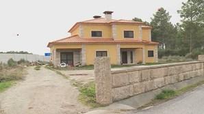 Casa em que Pedro Dias roubou roupa fica em Tojais, Vila Real, perto da A4