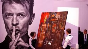 Leilão de obras de arte de David Bowie supera expetativas