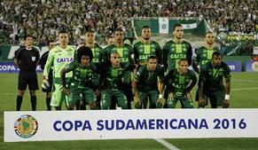 Equipa do Chapecoense no dia 23 de novembro