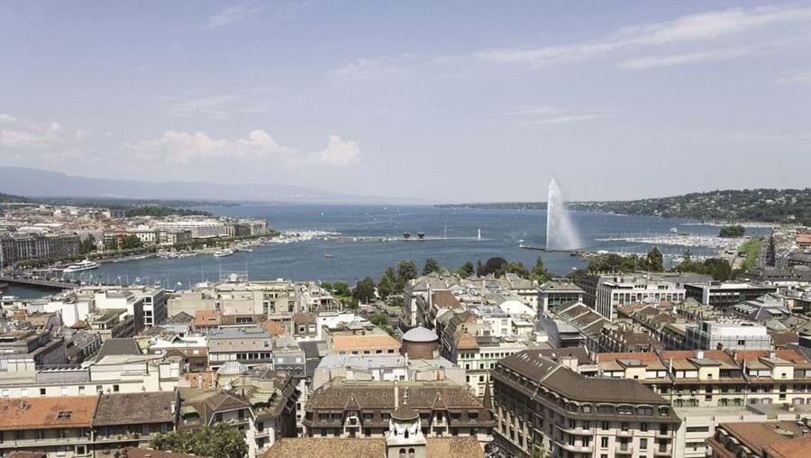 Genebra é uma das várias cidades suíças onde há escolas com ensino de língua portuguesa
